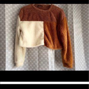 Sweaters - Teddy sweater